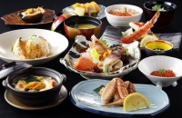 Suginome Crab Course Meal (11 course items)